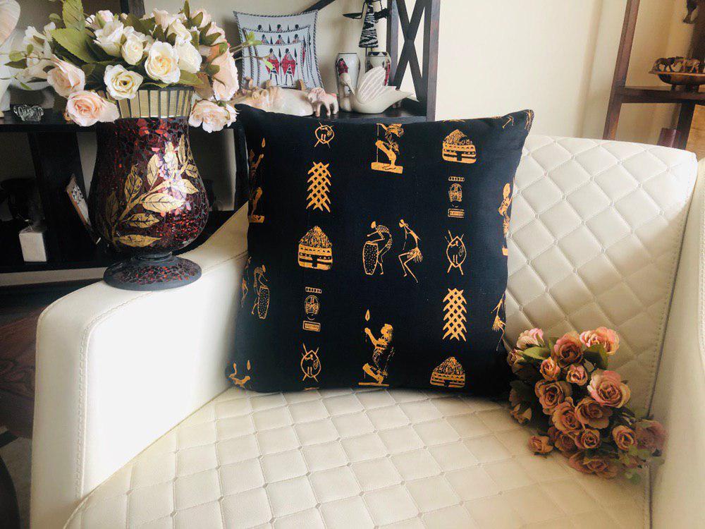 Masai Cushion Black and Golden
